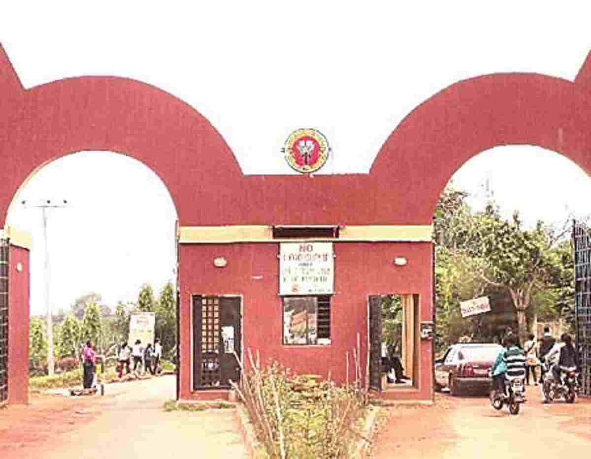 Auchi Poly Lecturer found Dead in Office, Management summons Emergency Meeting