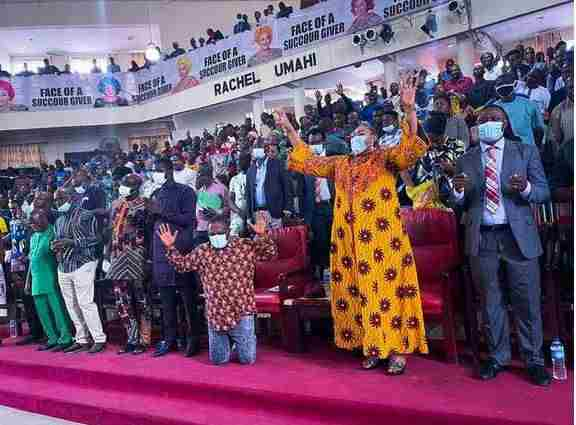 Over 2000 Pastors Storm Ebonyi To Pray For Gov Umahi Over Insecurity (Photo)