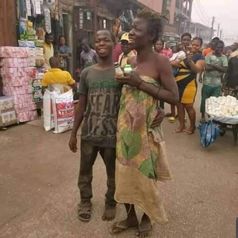 Mentally challenged Couple spotted Celebrating Valentine's Day in Edo (See Photos)