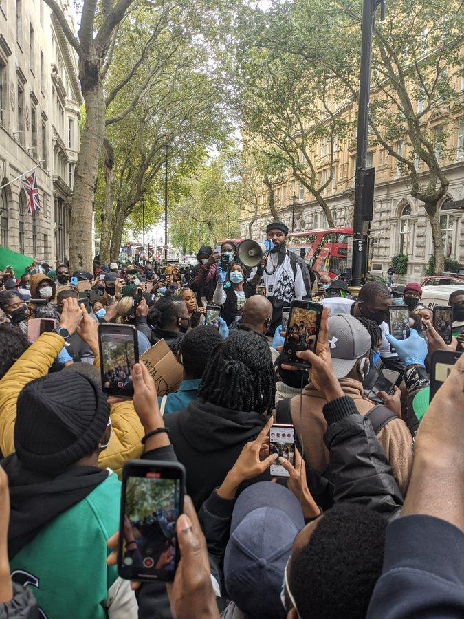 Wizkid, BBNaija's Mike and other Nigerians protest #EndSARS in London