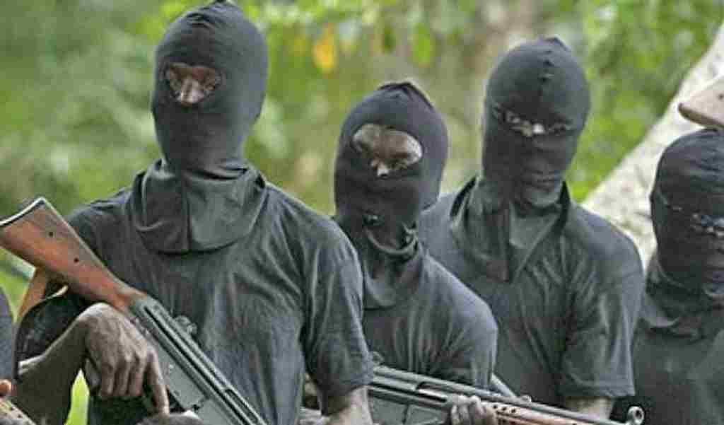 Again, Gunmen abduct two Travellers in Osun State