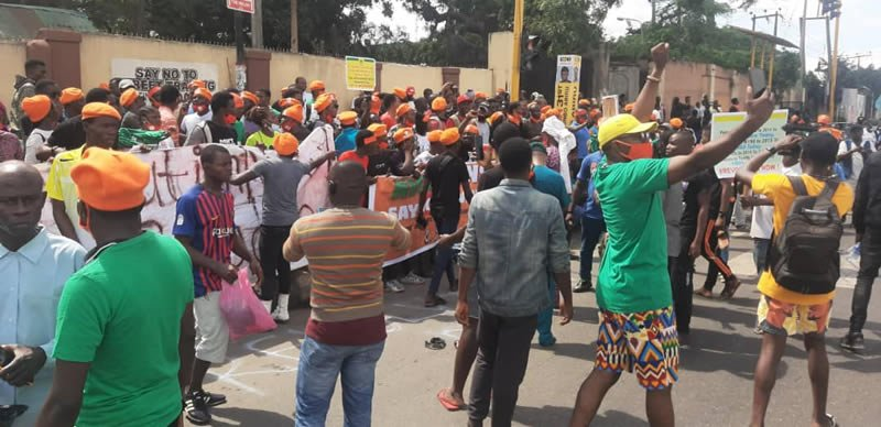 BREAKING: 30 Arrested As #Revolutionnow Protest Hits Lagos