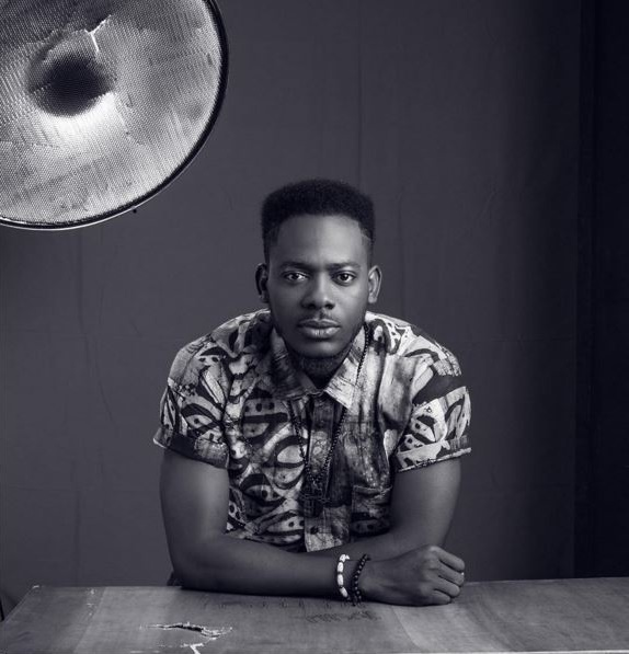 "Adekunle Gold Show-Off His ""Zanku"" Skill As He Vibes To His New Song"