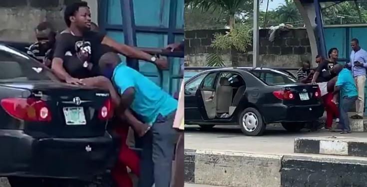 Alleged SARS Officers force 'Innocent' Man into their Bus, Demand N1Million (Watch Video)
