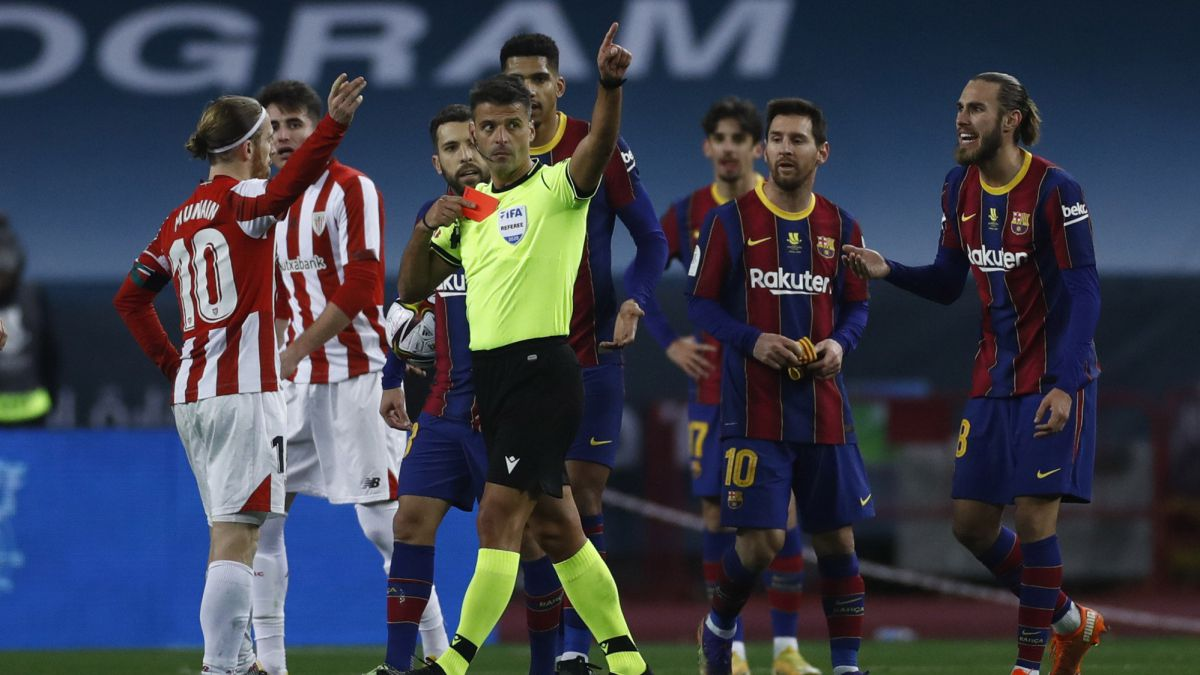 Barcelona Boss, Koeman Defends Messi After Red Card