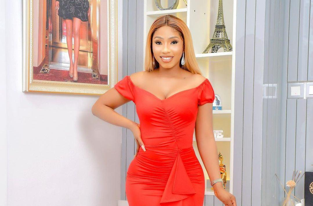Bbnaija's Mercy Eke Awarded Most Fashionable Female Of The Year