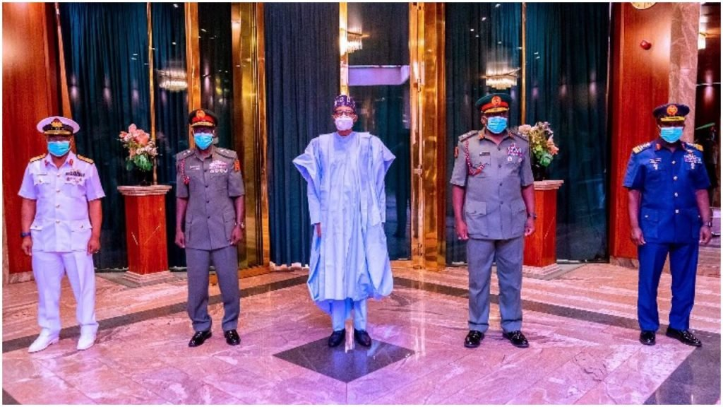 BREAKING: President Buhari Meets New Service Chiefs