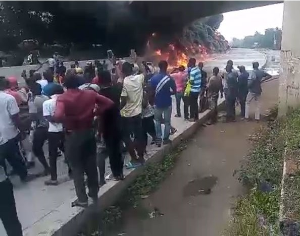 Commotion As Fire Guts Tanker In Lagos (Photos)