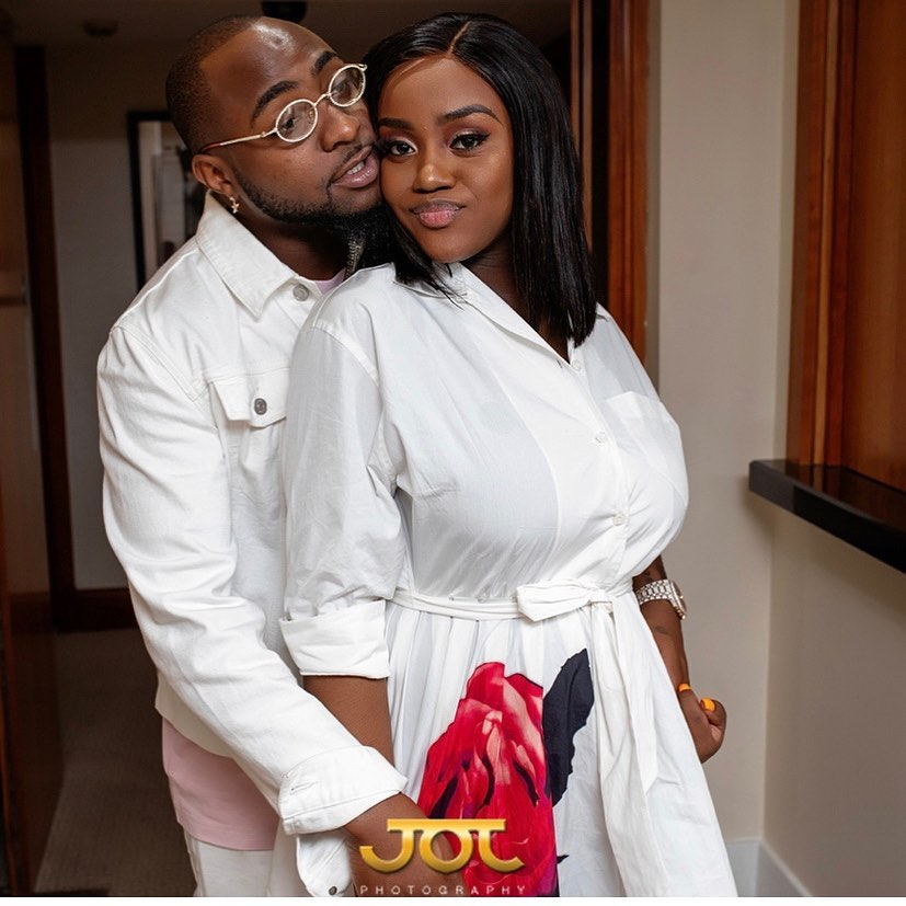 Davido And Chioma Follow Each Other Back on Instagram Again
