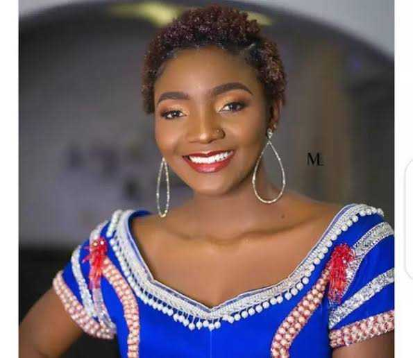Don't Shame Poor People Who Work Hard – Simi