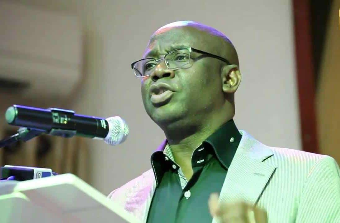 #EndSARS: Pastor Bakare Describes #SARS As 'State-Aided Robbery Squad
