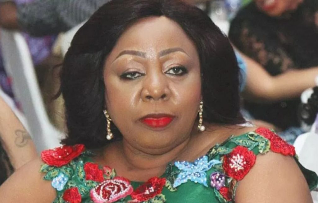 #EndSARS: Senator Ita-Giwa Pleads With Youths, Says Politicians Have Failed (Watch Video)