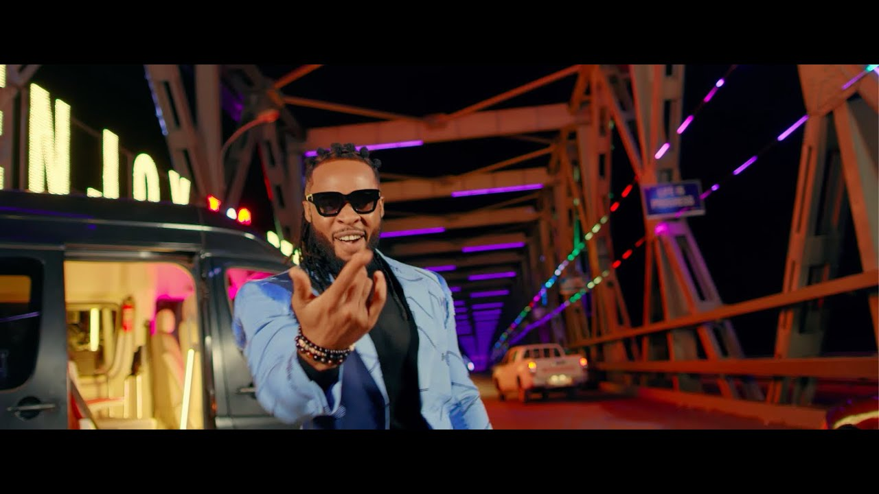 Flavour Ft. Phyno – Chop Life (Official Video)