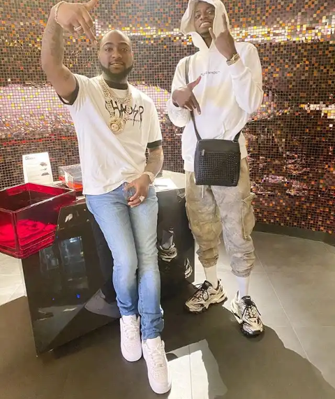 Full Gist! See The Reason Why Davido Chase His Longtime PA Aloma after Beating Him.