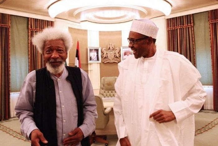 Soyinka Backs Obasanjo's Criticism Of Buhari, Says Nigeria Close To Extinction
