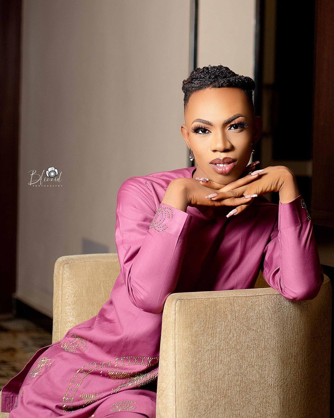 """Stop Being Threatened By Me"" – Crossdresser James Brown Shades Bobrisky"