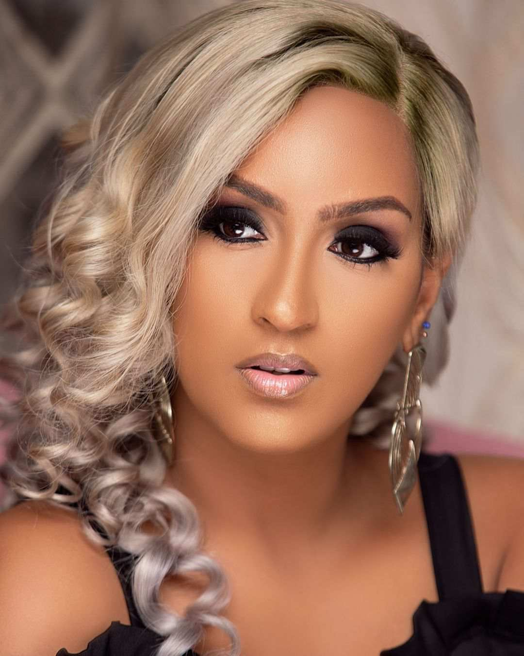 """Stop making women feel less beautiful"" - Juliet Ibrahim blast fan who praised her for having flat stomach"