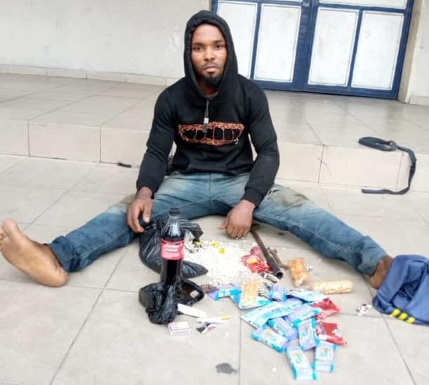 A Young Man Arrested in Port Harcourt for Stealing Biscuits and Soft Drinks